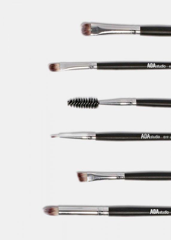AOA 12-Piece AM Brush Set